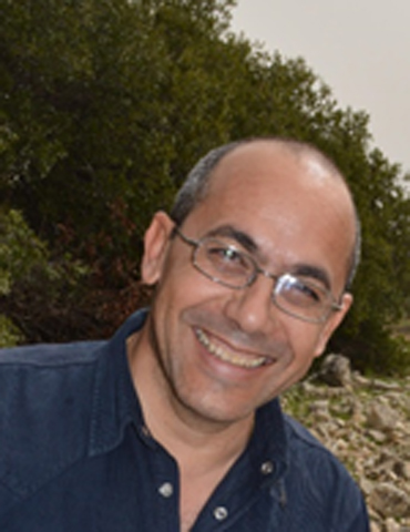 Dr Andreas Foulias